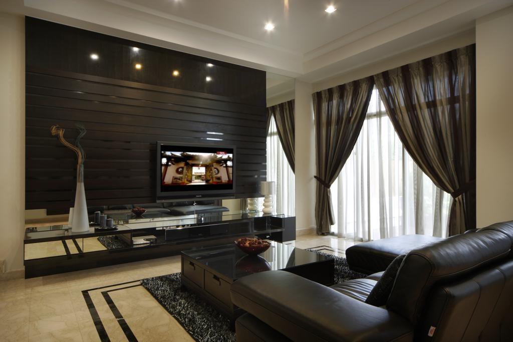433 Kew Cresent living room interior layout