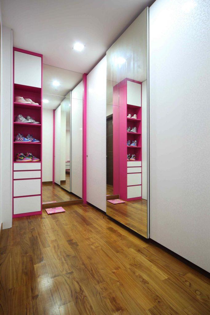 No. 4 Jln Hussein kids room wardrobe