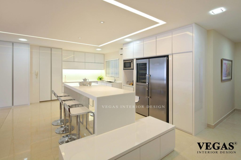 Design Your Kitchen In A Way Like This To Avoid Hassle In The Morning. This  All White Themed Kitchen Can Bring Out The Color Of The Kitchen Appliances  Very ...