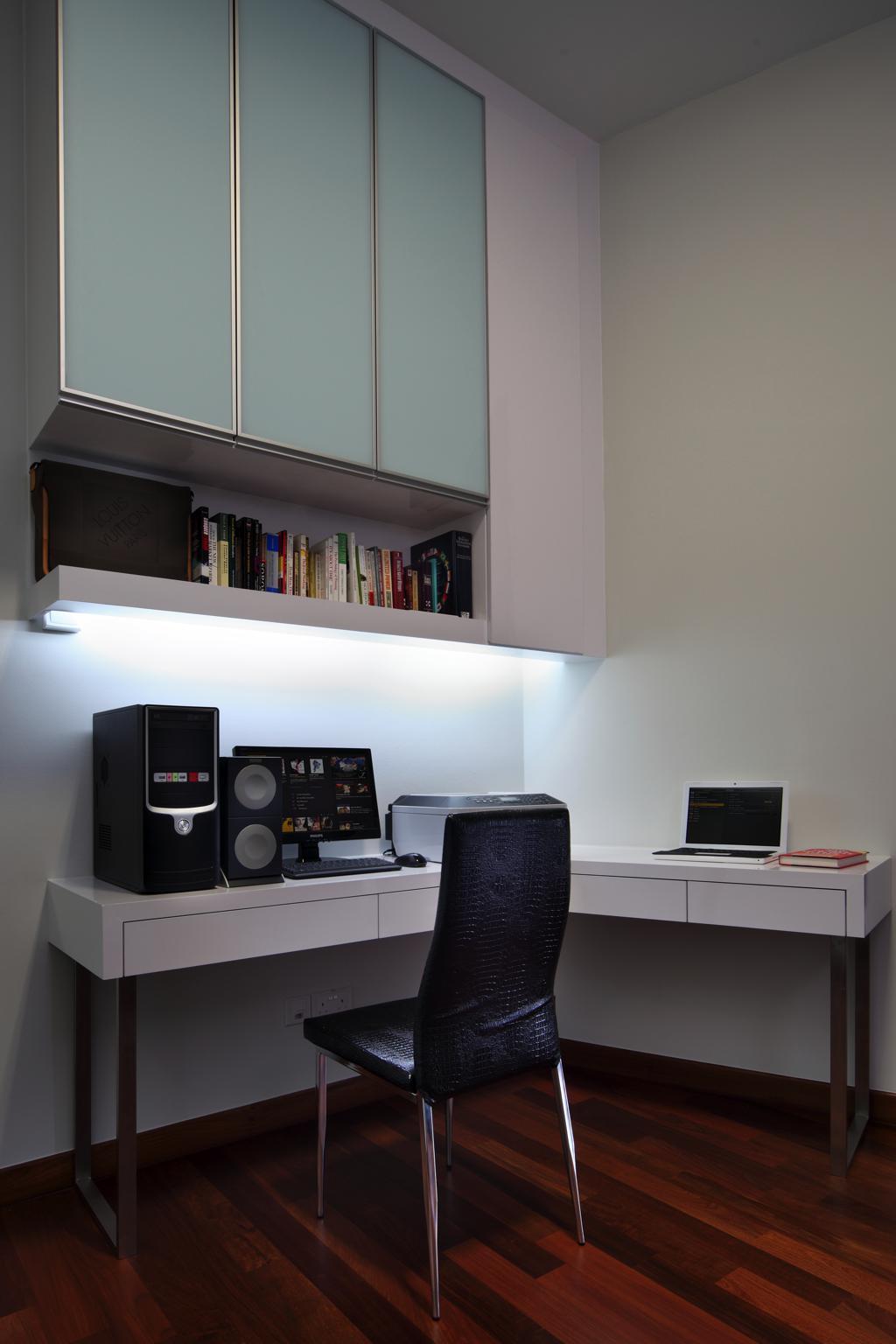 Condominium Study Room: Condo-design-thomas-suites-study-room